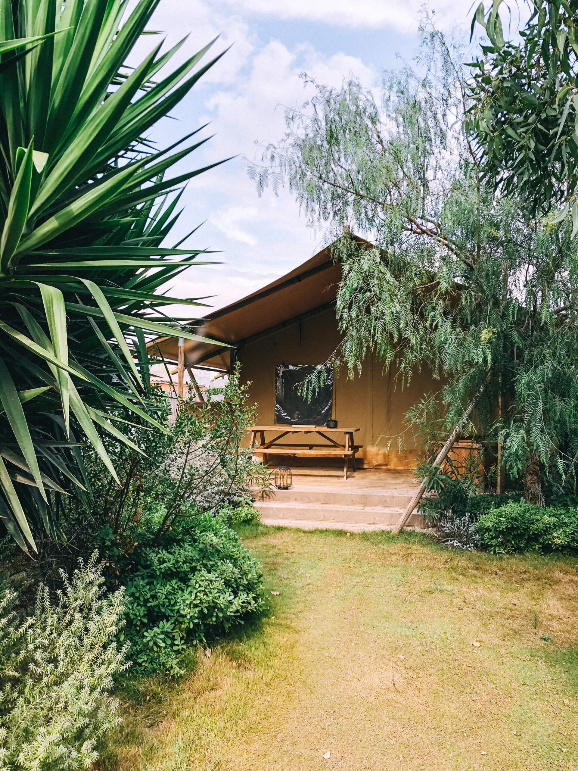 Safari tent Procida - Travel & Gems