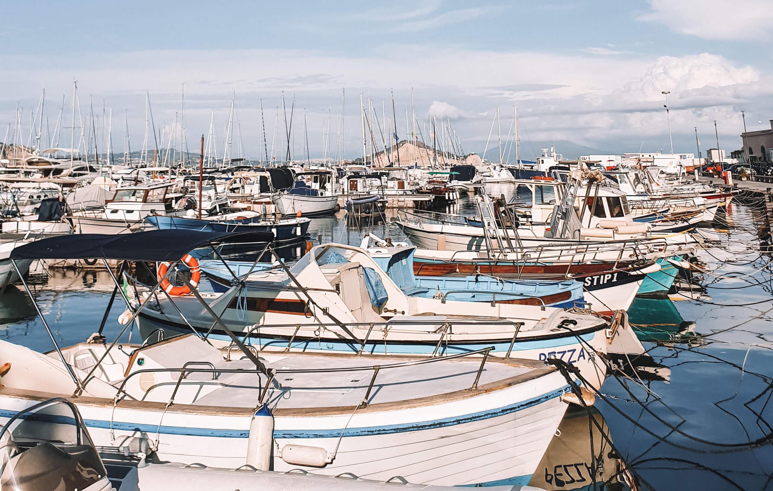 Port Procida - Travel & Gems